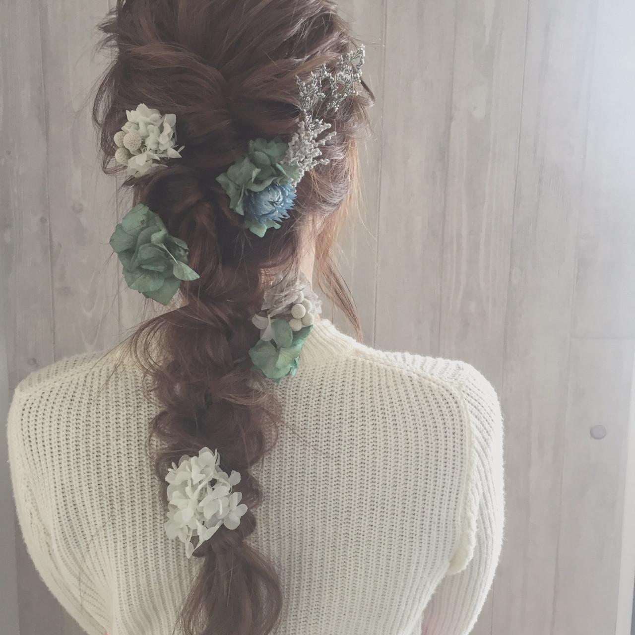 お花がたくさん♡結婚式にピッタリな華やかなヘアアレンジ特集 宮田 恵里香