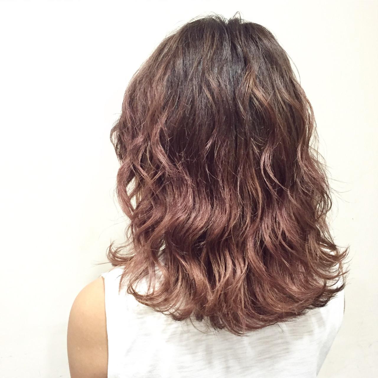 髪色ピンクで春はじめました♡ほんのり系もネオ系も叶う女子カラー 藤井 京介