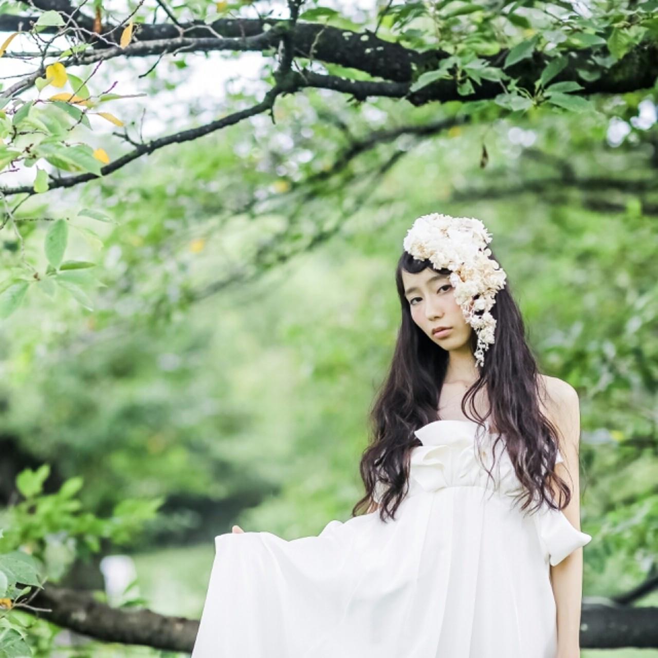 お花がたくさん♡結婚式にピッタリな華やかなヘアアレンジ特集 みさき