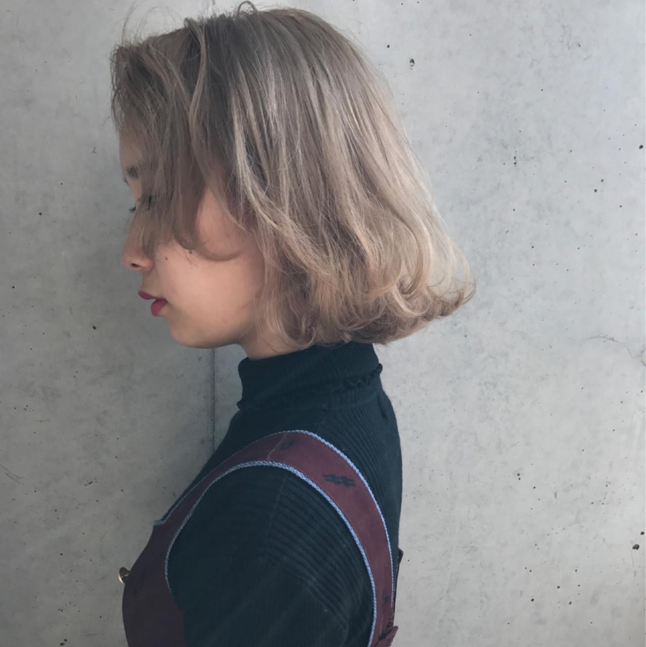 透明感 ハイトーン ベージュ ボブ ヘアスタイルや髪型の写真・画像