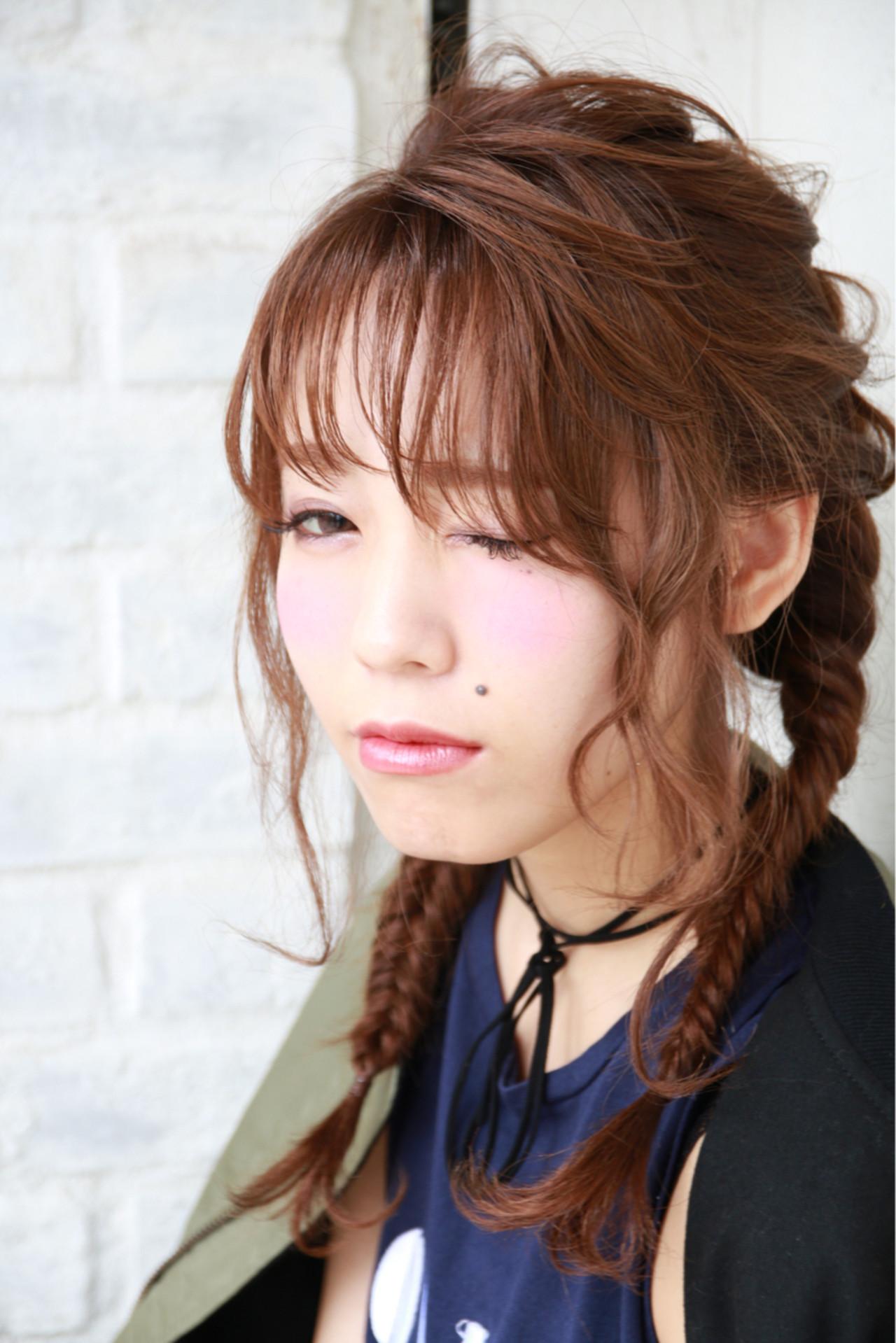 簡単ヘアアレンジ ヘアアレンジ セミロング シースルーバング ヘアスタイルや髪型の写真・画像