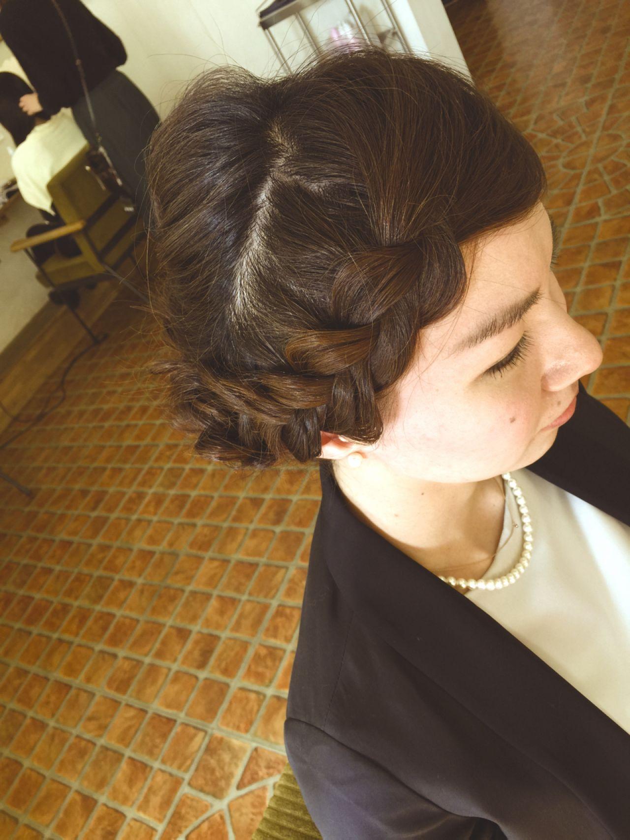 ナチュラル 大人かわいい 編み込み 前髪アレンジ ヘアスタイルや髪型の写真・画像