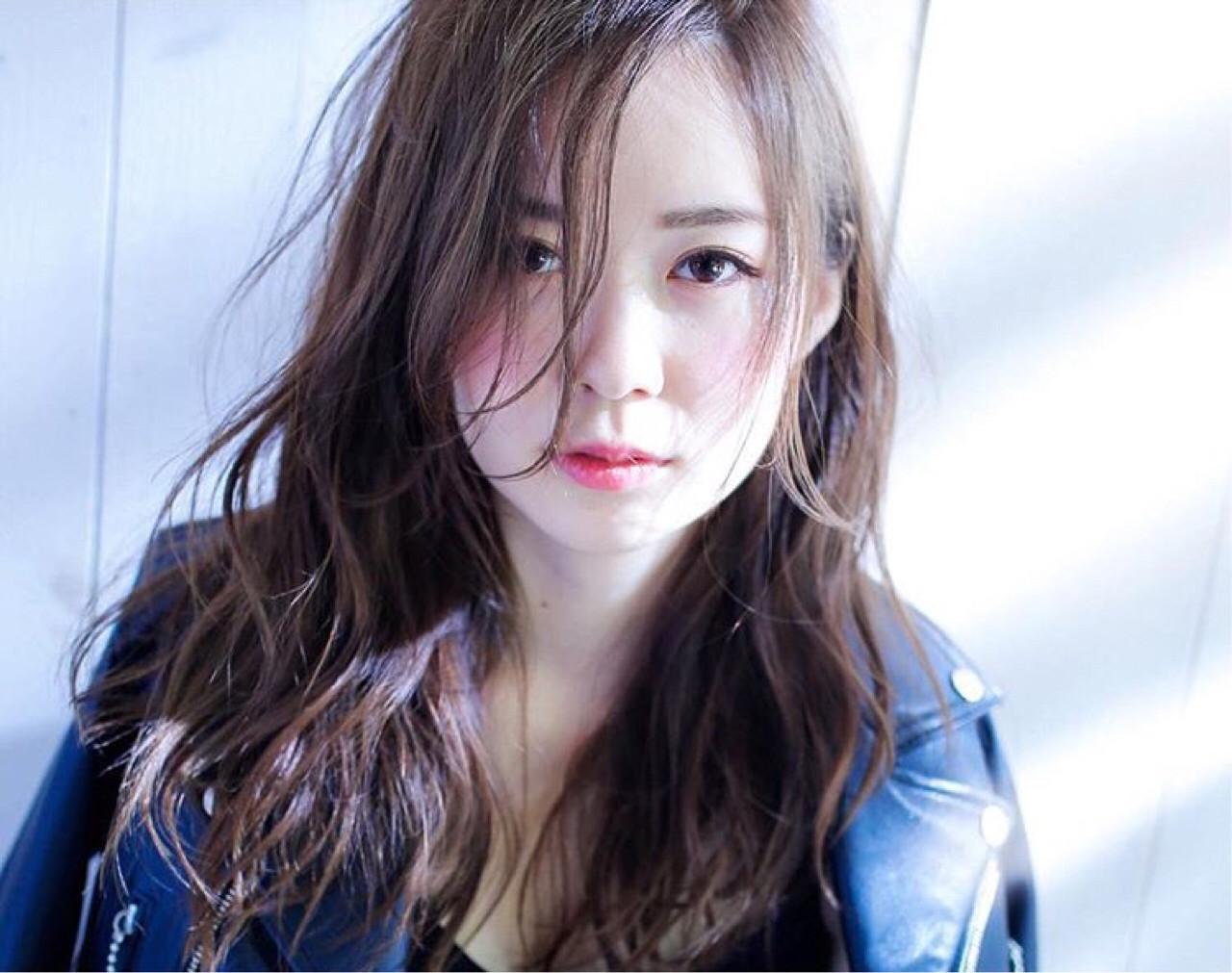 前髪あり 外国人風 うざバング セミロング ヘアスタイルや髪型の写真・画像