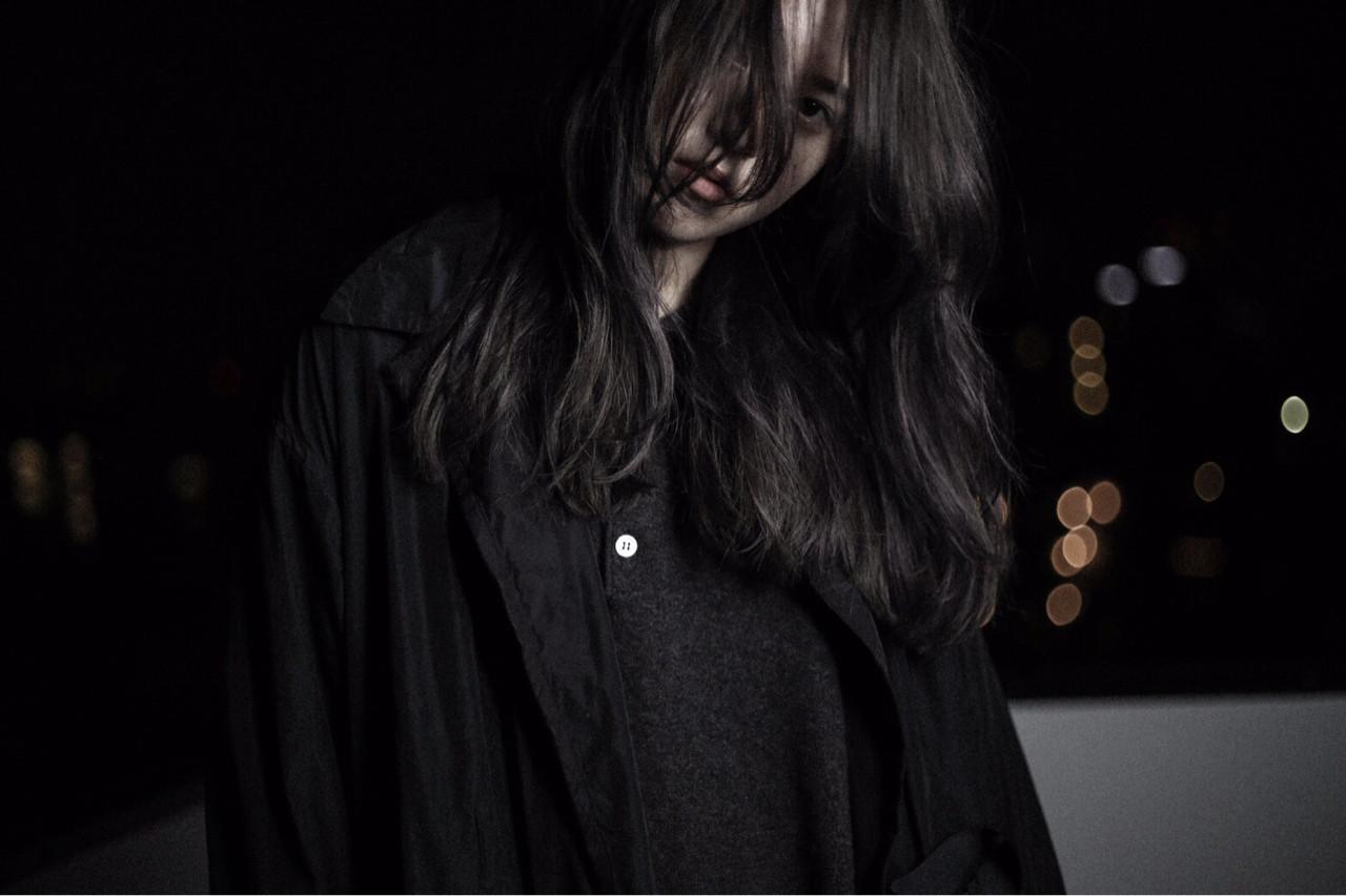 モード 暗髪 うざバング 外国人風 ヘアスタイルや髪型の写真・画像