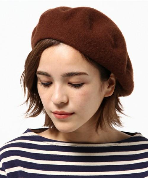大切なのはバランス!ショートヘアのベレー帽ヘアスタイル 出典:Omekashi