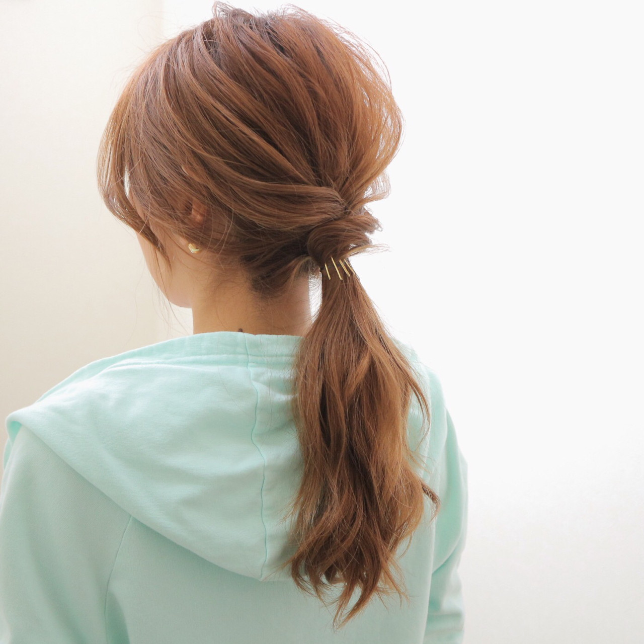 ローポニーテール ヘアアレンジ ロング 簡単 ヘアスタイルや髪型の写真・画像