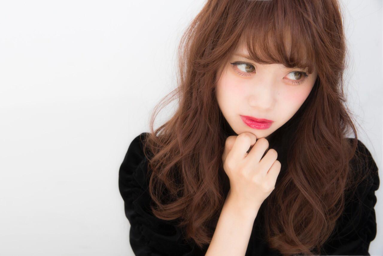 最新トレンドカラー「ピンクグレージュ」で透明感抜群の艶髪を手に入れる♡ NARUOKA