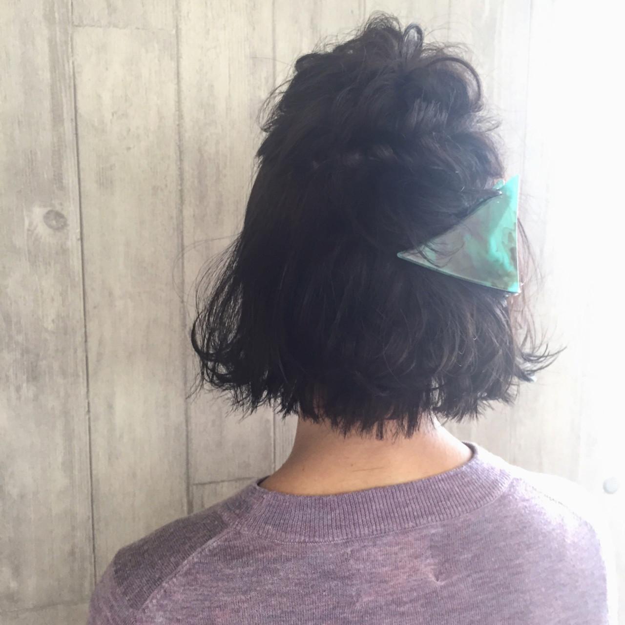ボブ ハーフアップ ヘアアレンジ 簡単ヘアアレンジ ヘアスタイルや髪型の写真・画像
