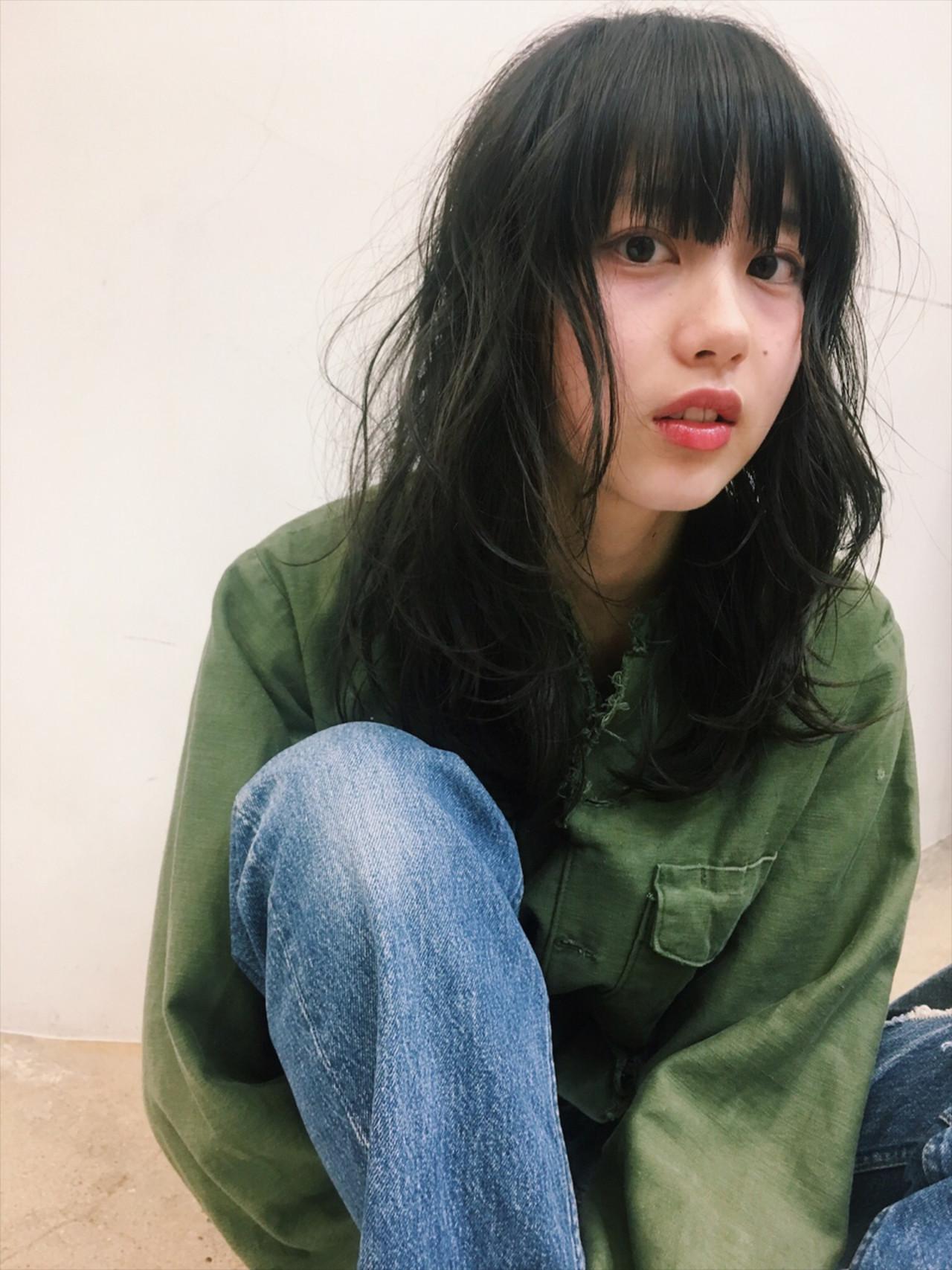 ナチュラル 艶髪 セミロング 黒髪 ヘアスタイルや髪型の写真・画像