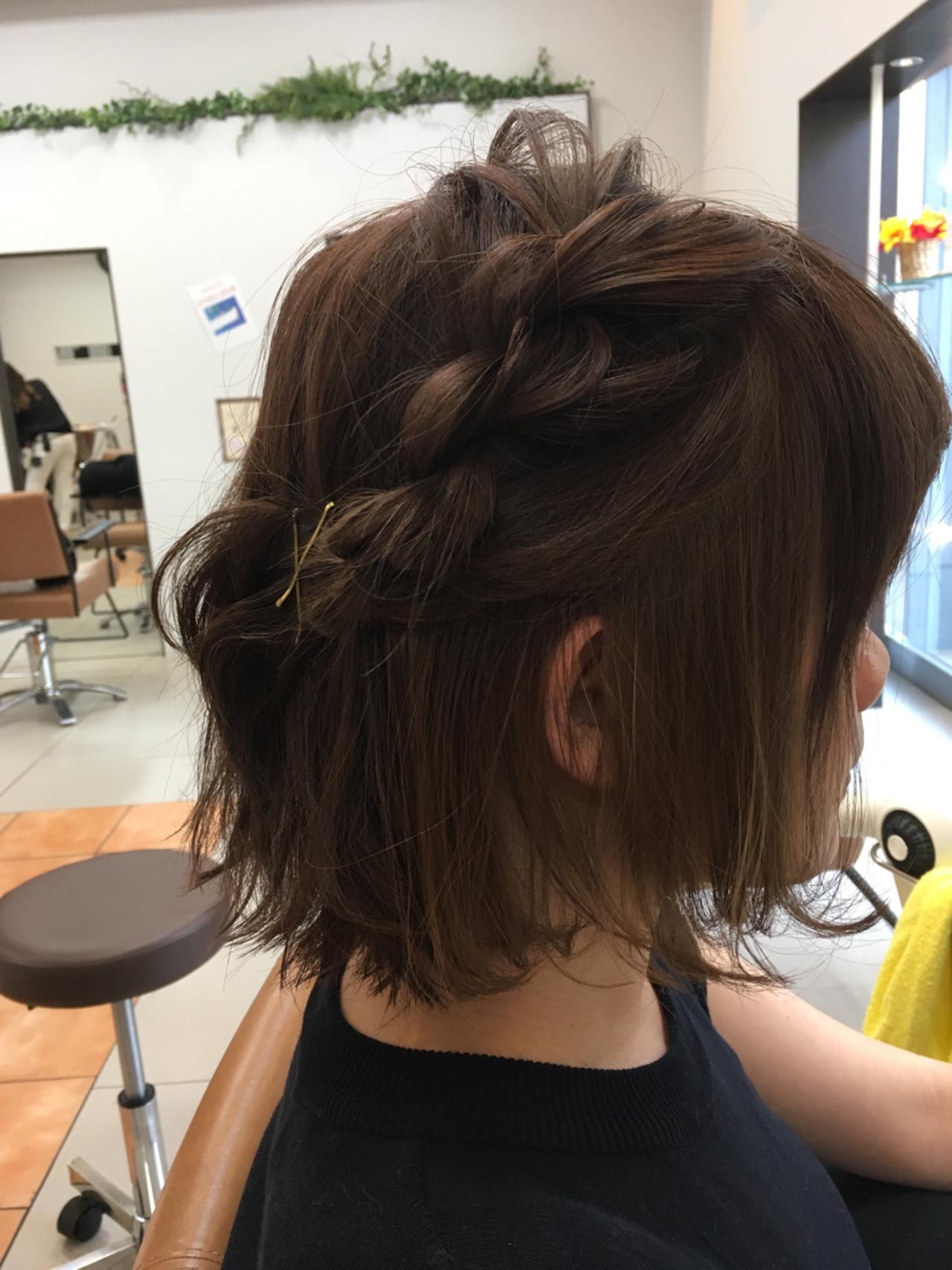 ボブ 編み込み 簡単ヘアアレンジ ねじり ヘアスタイルや髪型の写真・画像