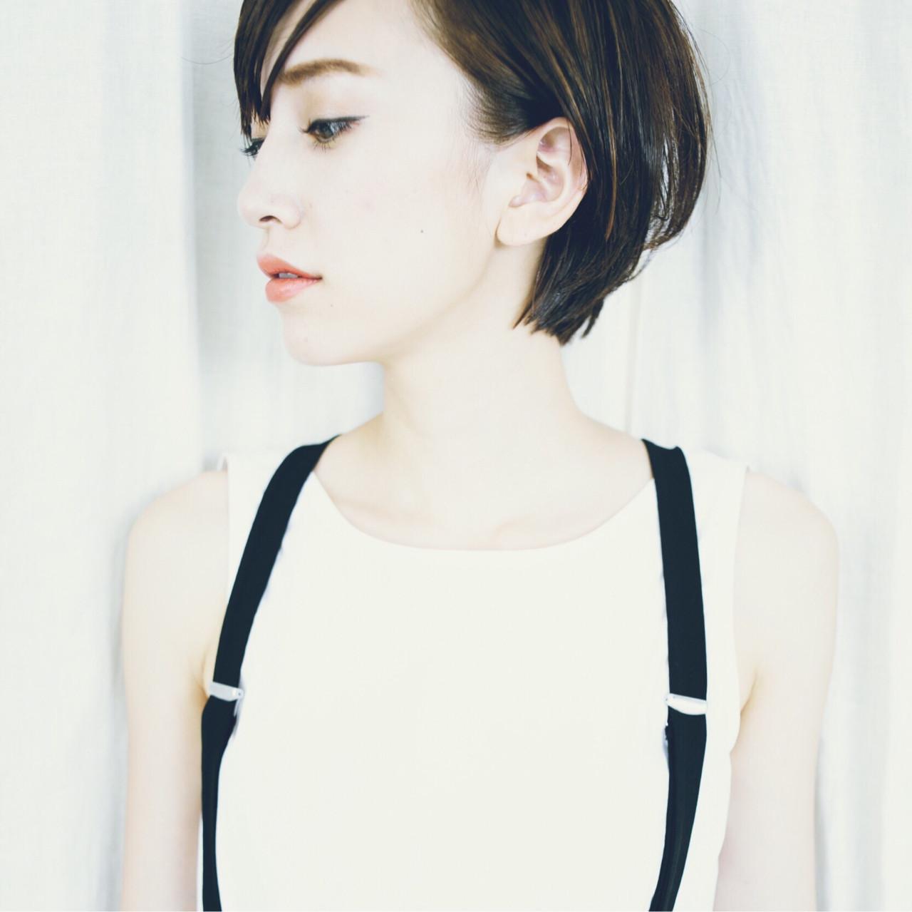 ハイライト ショート モード 暗髪 ヘアスタイルや髪型の写真・画像