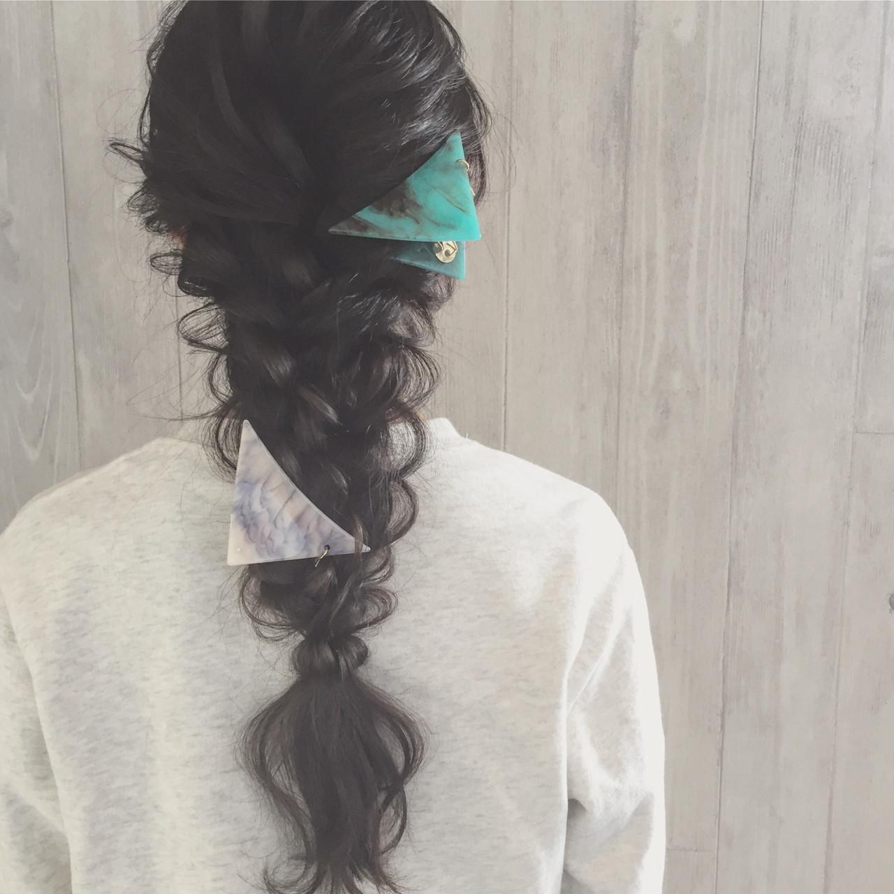 ロング 三つ編み ヘアアレンジ ディズニー ヘアスタイルや髪型の写真・画像