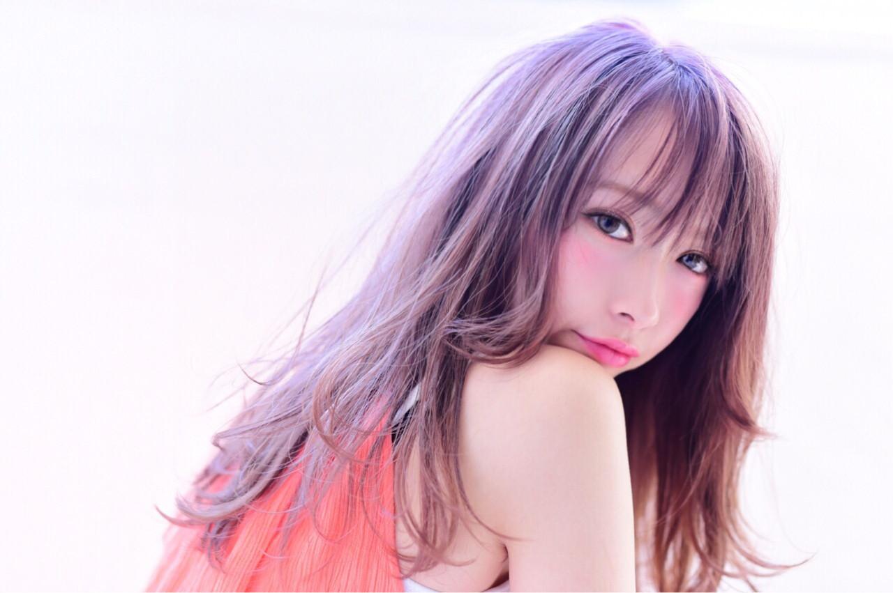 最新トレンドカラー「ピンクグレージュ」で透明感抜群の艶髪を手に入れる♡ 山口裕二