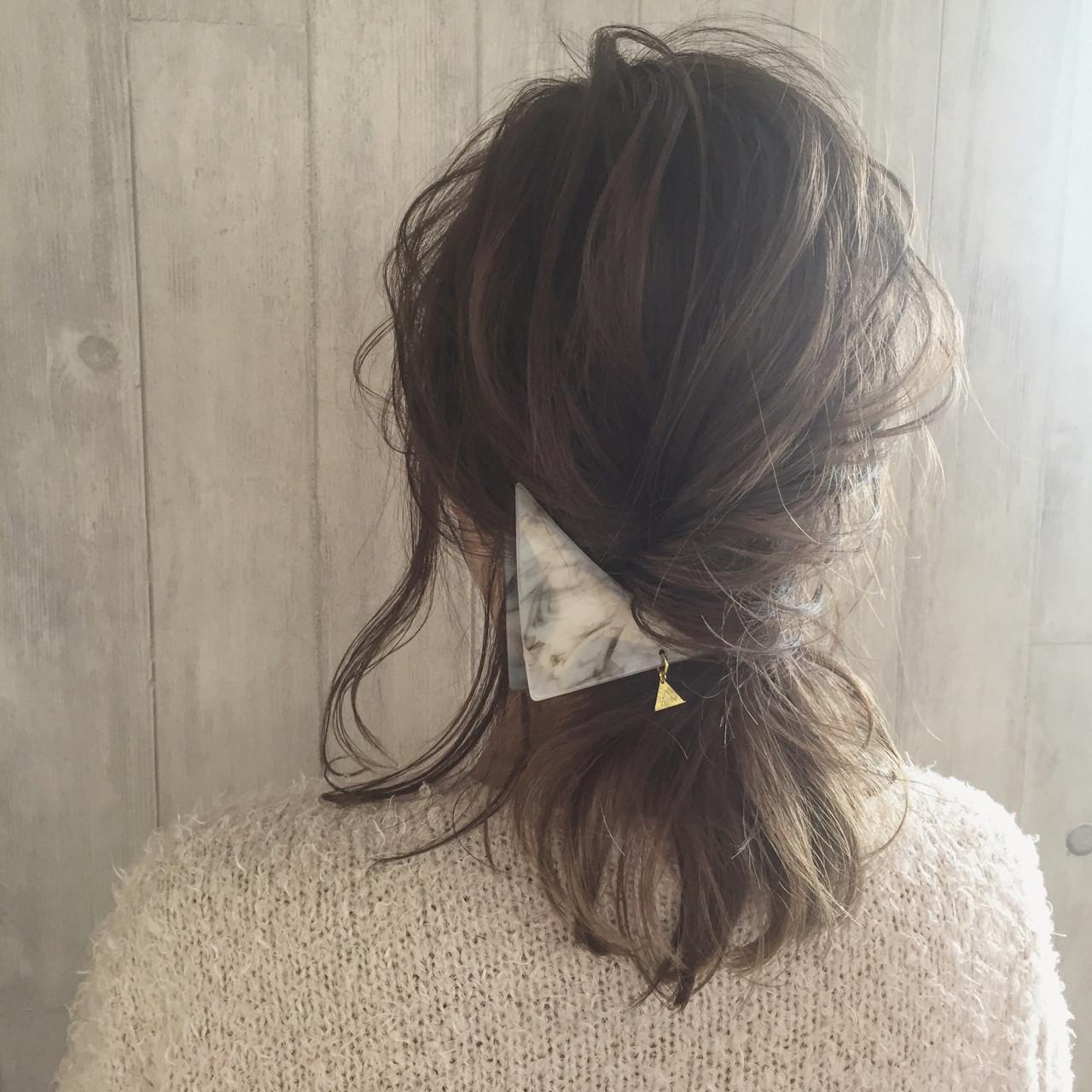ヘアアレンジ 外国人風 簡単ヘアアレンジ 三角クリップ ヘアスタイルや髪型の写真・画像