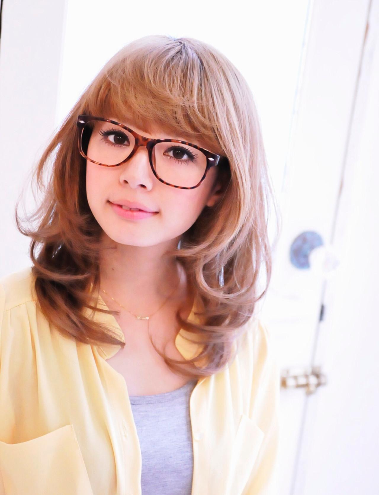 ゆるふわ 大人女子 ミディアム フェミニン ヘアスタイルや髪型の写真・画像