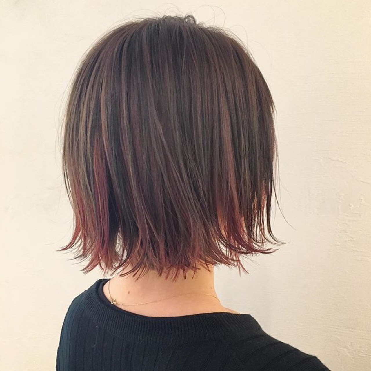 オルチャンから大人気!黒髪の切りっぱなしボブスタイル♡ 三好 佳奈美