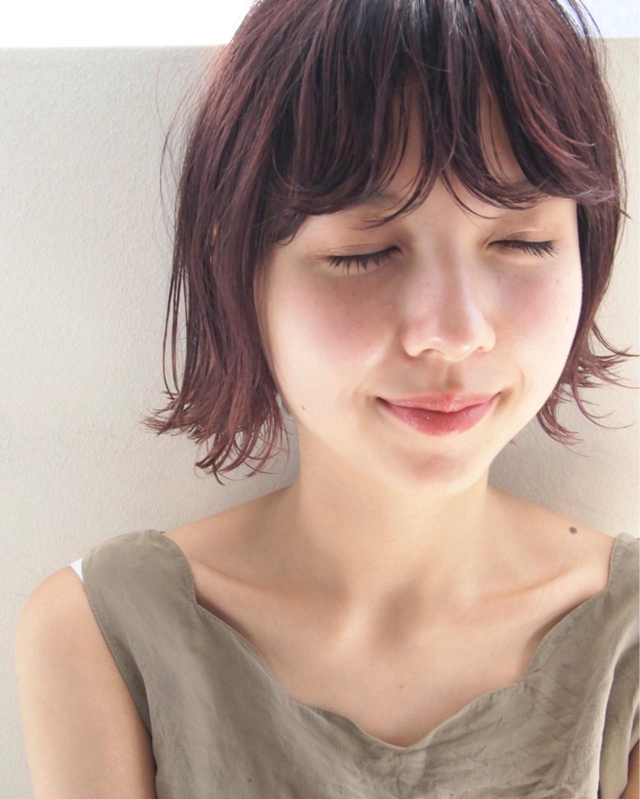 幼いなんて言わせない!丸顔さんに似合うショートボブとは UEKI/nanuk