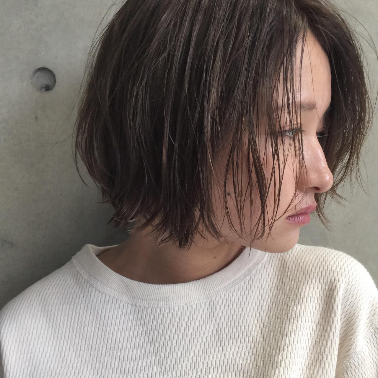ショート ナチュラル アッシュ 簡単 ヘアスタイルや髪型の写真・画像