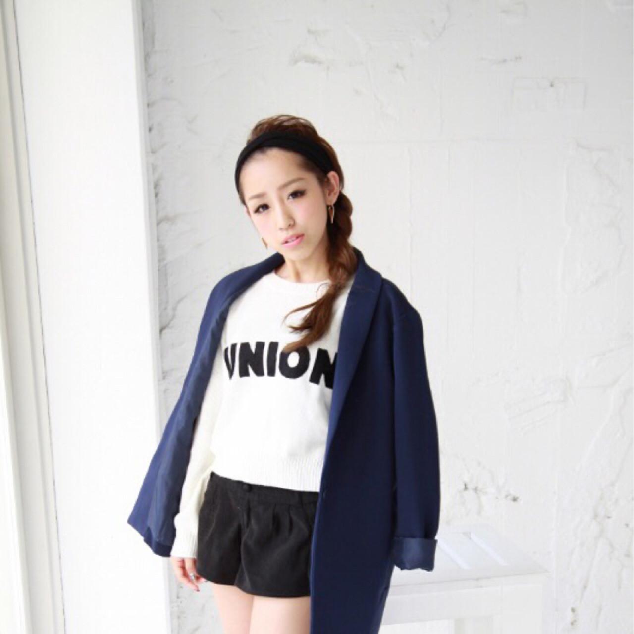 超簡単!オシャレでかわいい♡ヘアバンドを使ったアレンジスタイル 三田村綾香