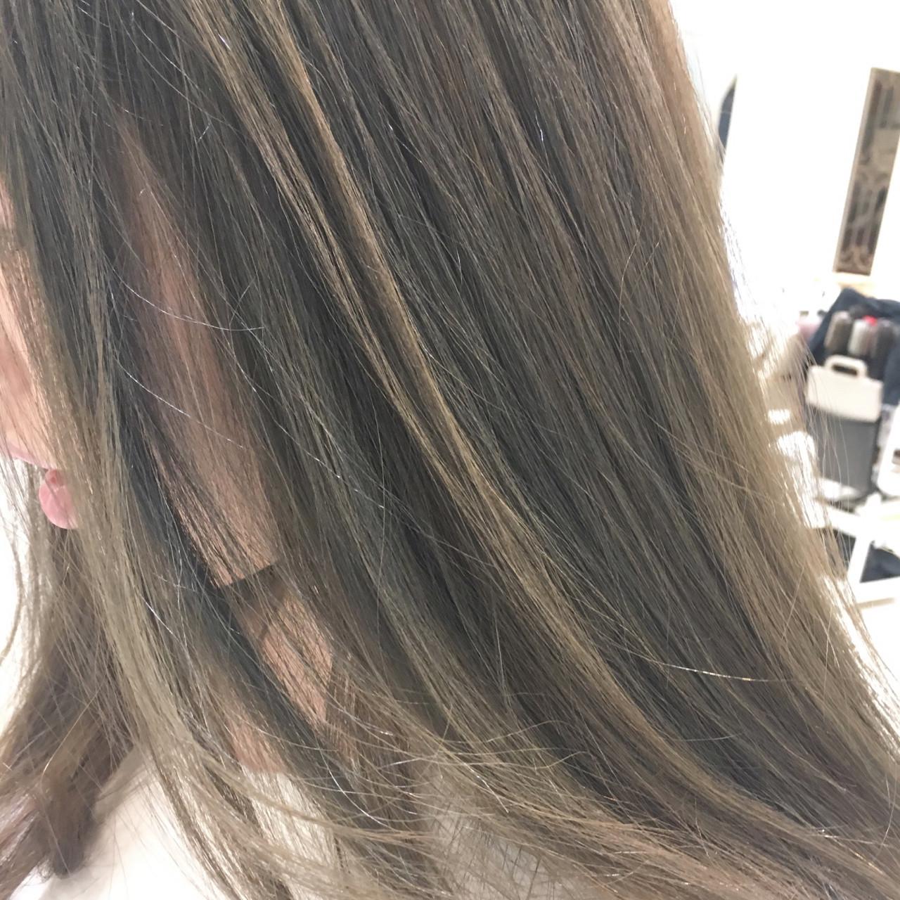 温かみある色で女性らしさが急上昇!アッシュグレージュのすすめ 藤原つかさ / hair resort NOAH銀座