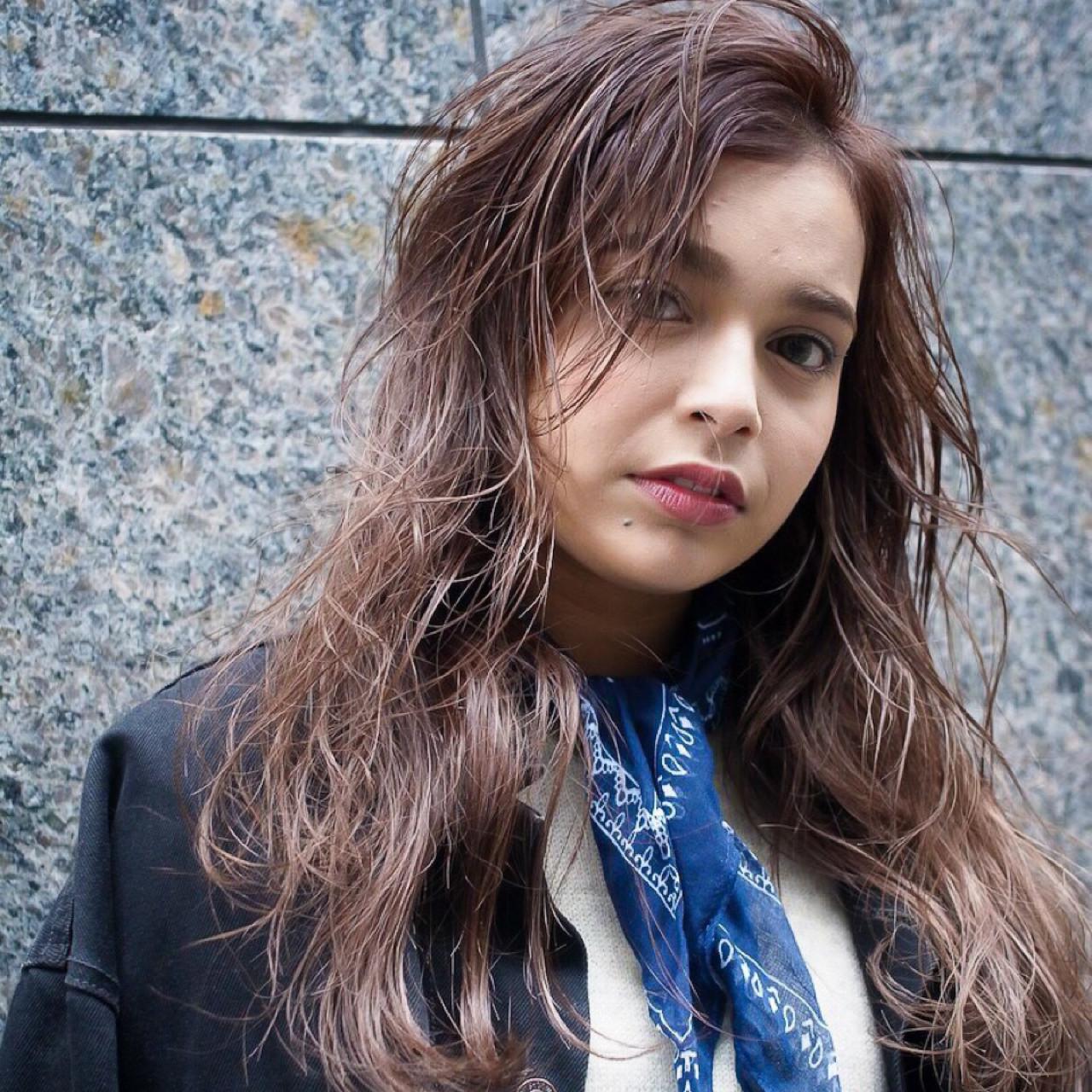 ストリート セミロング ブラウンベージュ ヘアスタイルや髪型の写真・画像