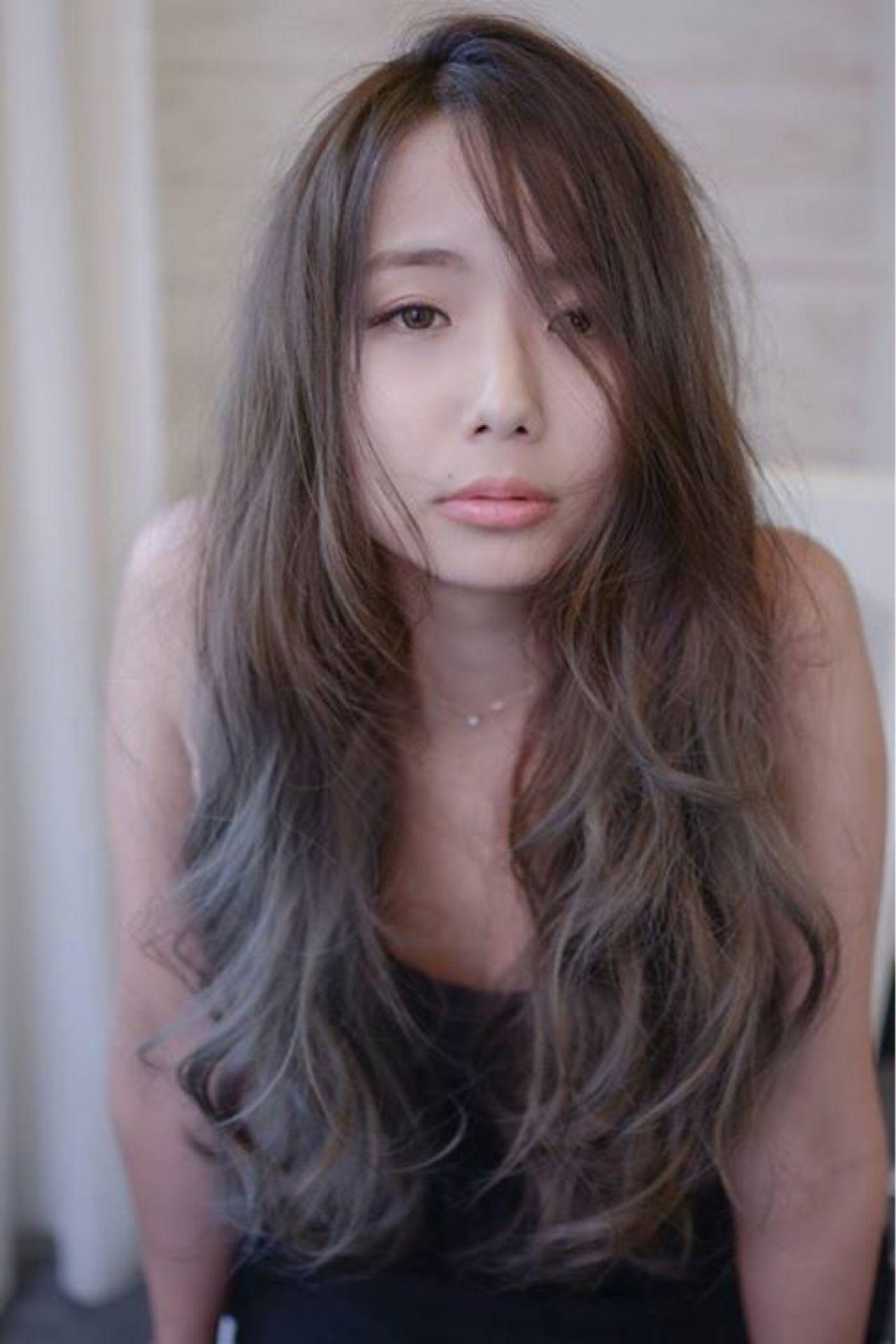 グレージュ系グラデーションで憧れの外国人風ヘアに大変身♡ 田渕 英和/vicushair  vicushair