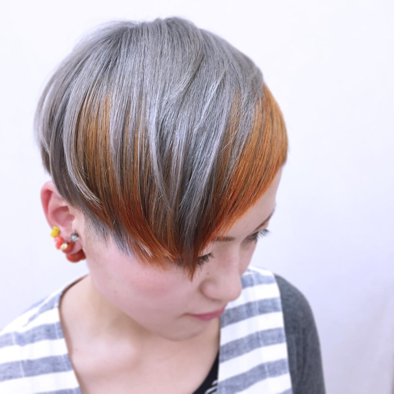 インナーカラー 大人かわいい ストリート ハイトーン ヘアスタイルや髪型の写真・画像