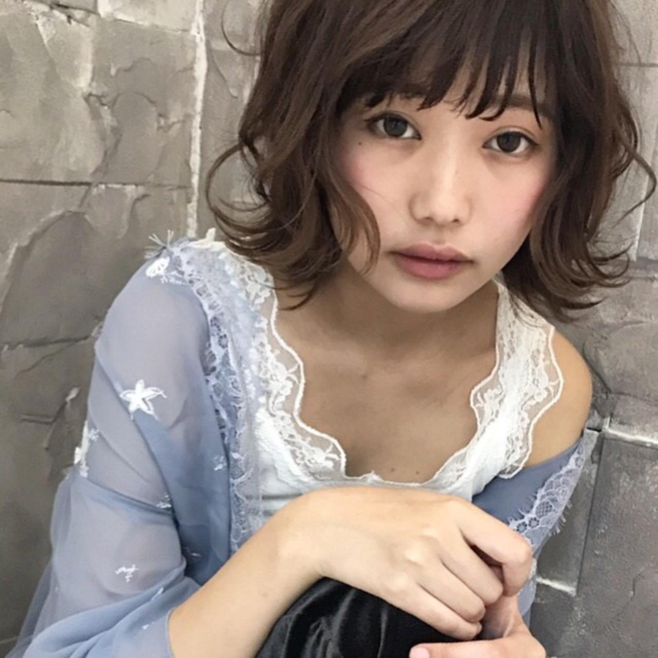 可愛くて、そして色っぽい。アラサー女子の魅力がボブスタイルで花開く 長澤 直樹 | THOiRY栄