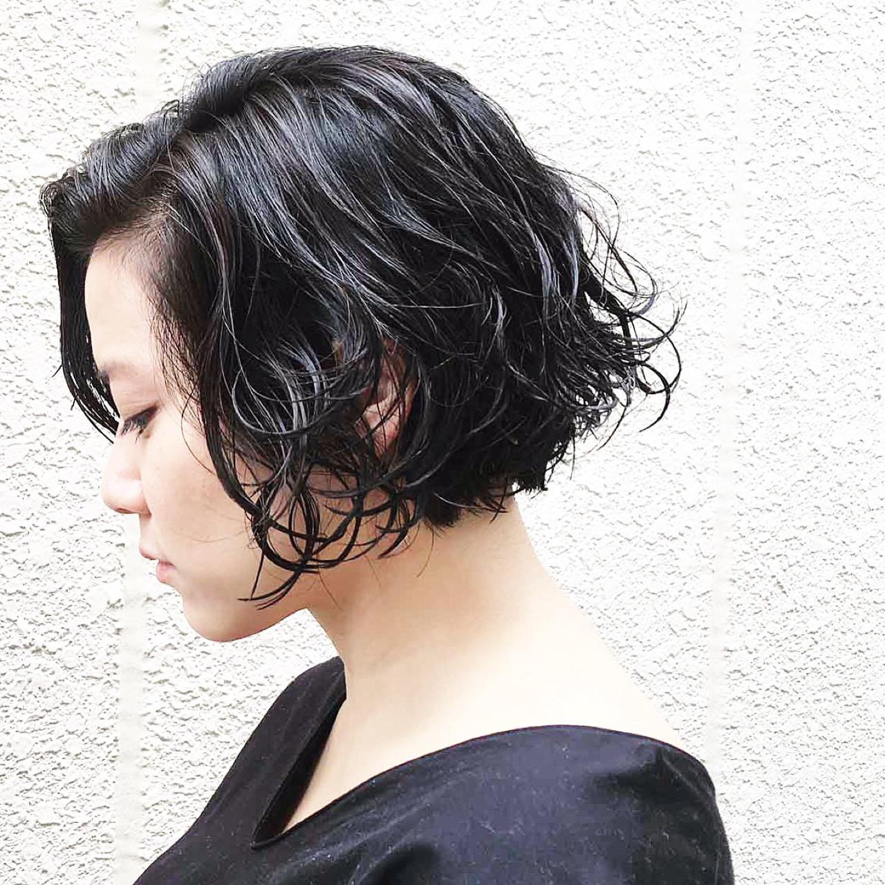 ぺたんこになりがちなショートヘアさん必見!デジタルパーマでふんわり旬ヘアに♡ 篠崎 佑介  ticro.