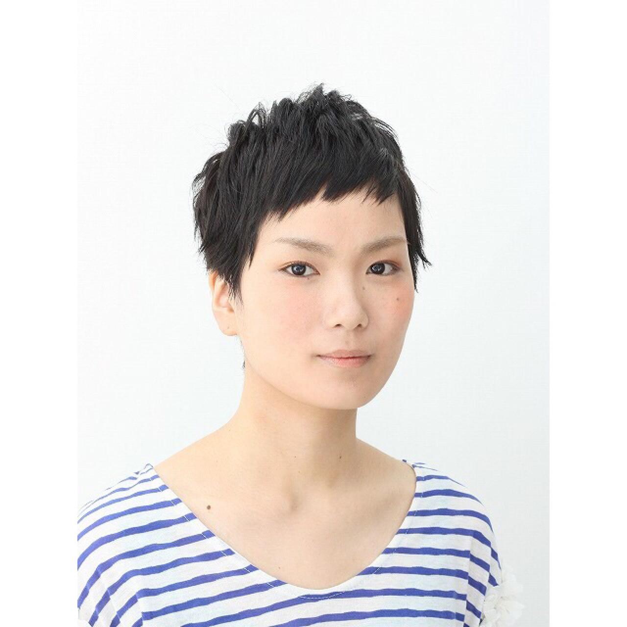 マニッシュ ストリート 黒髪 ベリーショート ヘアスタイルや髪型の写真・画像