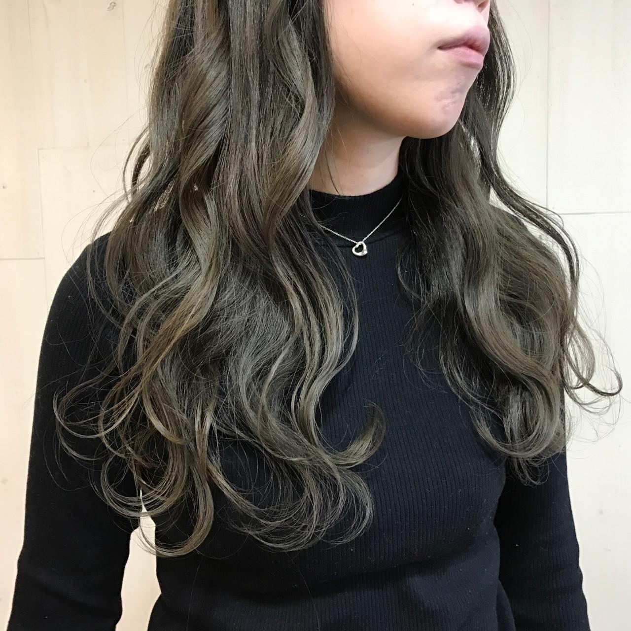 ナチュラル 外国人風カラー アッシュ セミロング ヘアスタイルや髪型の写真・画像