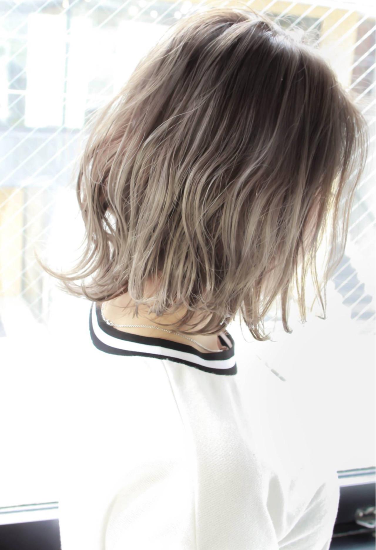 ボブ ハイライト 外ハネ ストリート ヘアスタイルや髪型の写真・画像