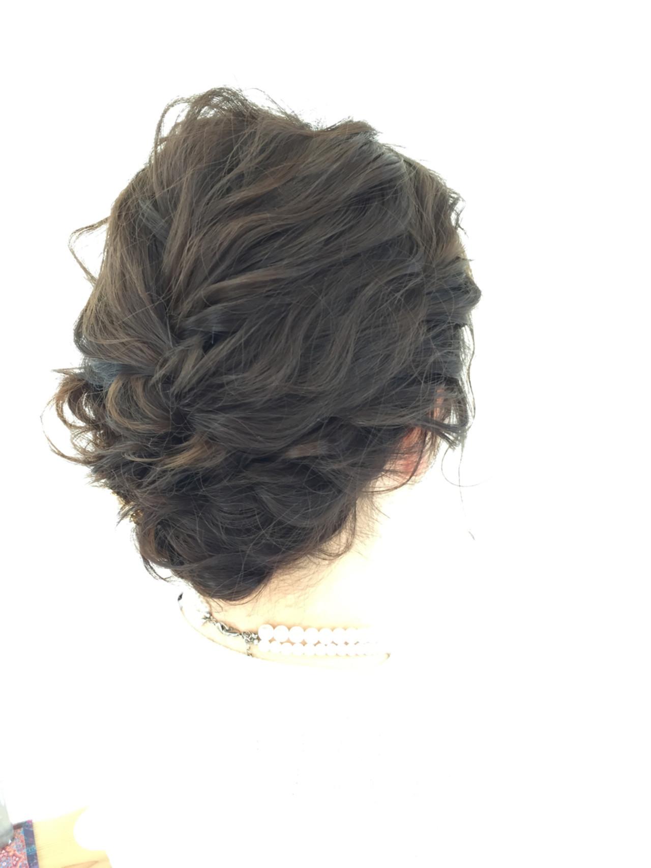 シニヨン 編み込み ヘアアレンジ セミロング ヘアスタイルや髪型の写真・画像