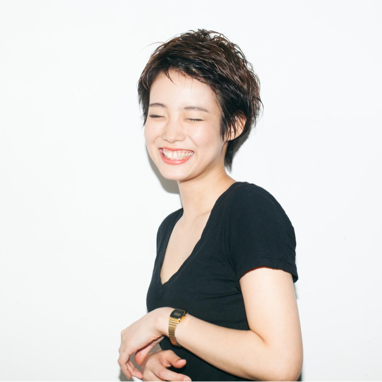 小顔 ベリーショート ショート ナチュラル ヘアスタイルや髪型の写真・画像