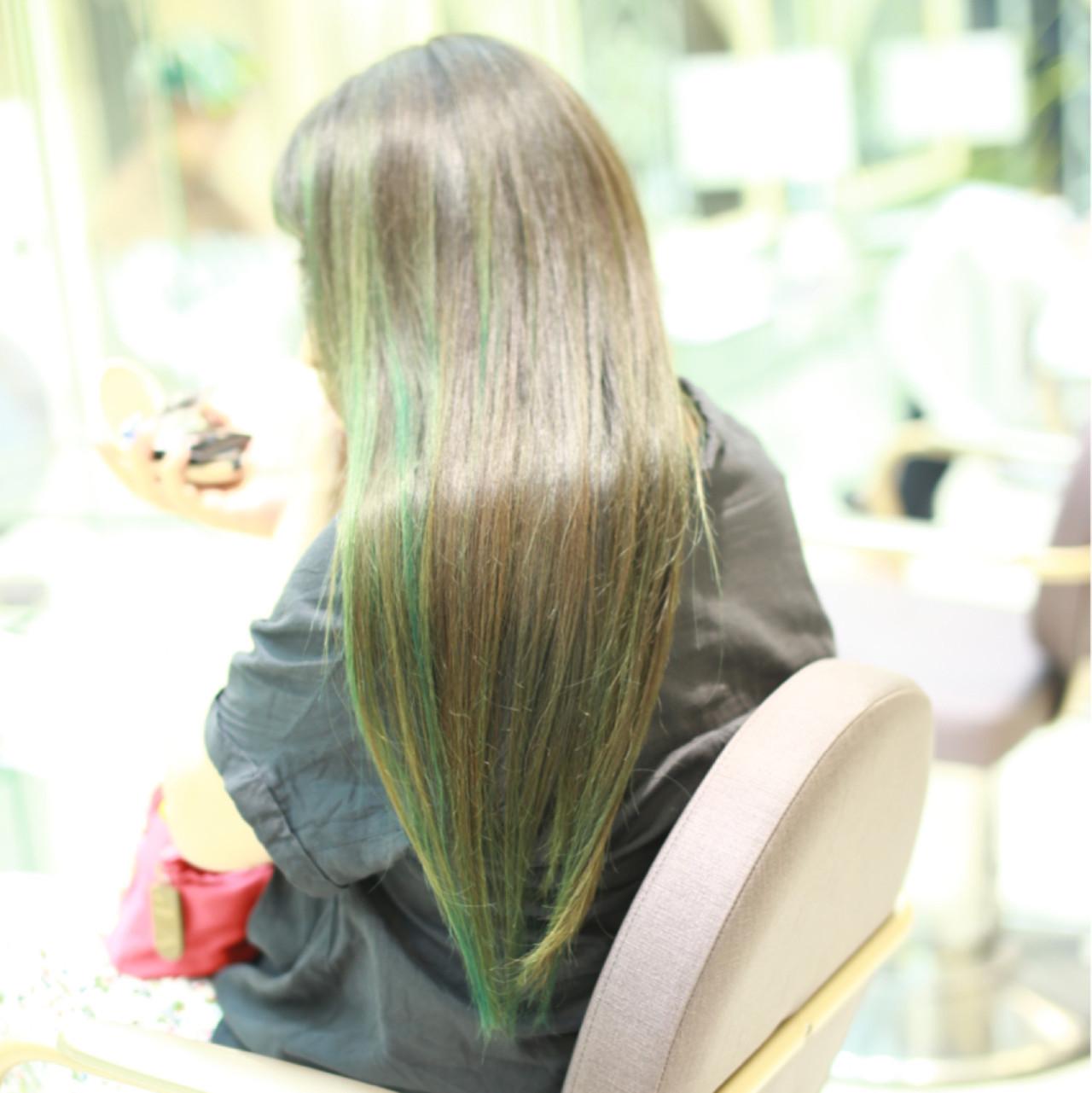 ロング グリーン ストリート ナチュラル ヘアスタイルや髪型の写真・画像