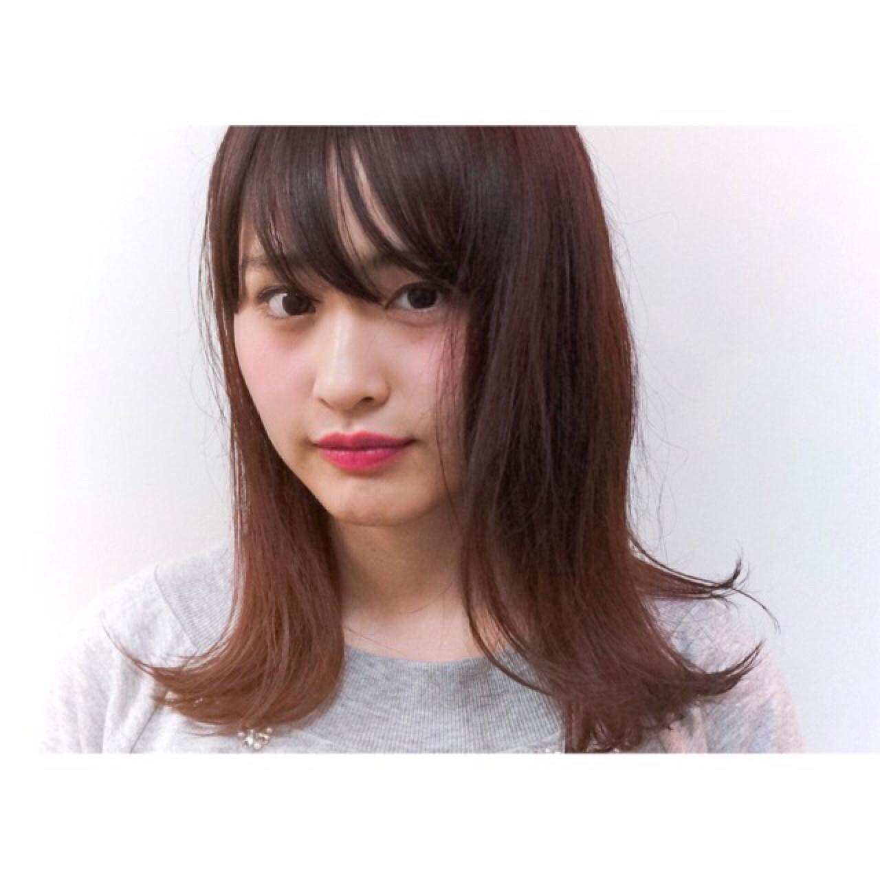 切りっぱなし 前髪あり ピンク ガーリー ヘアスタイルや髪型の写真・画像