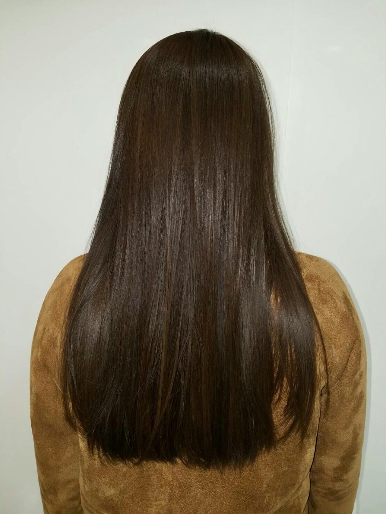 暗髪 ロング アッシュブラウン 艶髪 ヘアスタイルや髪型の写真・画像