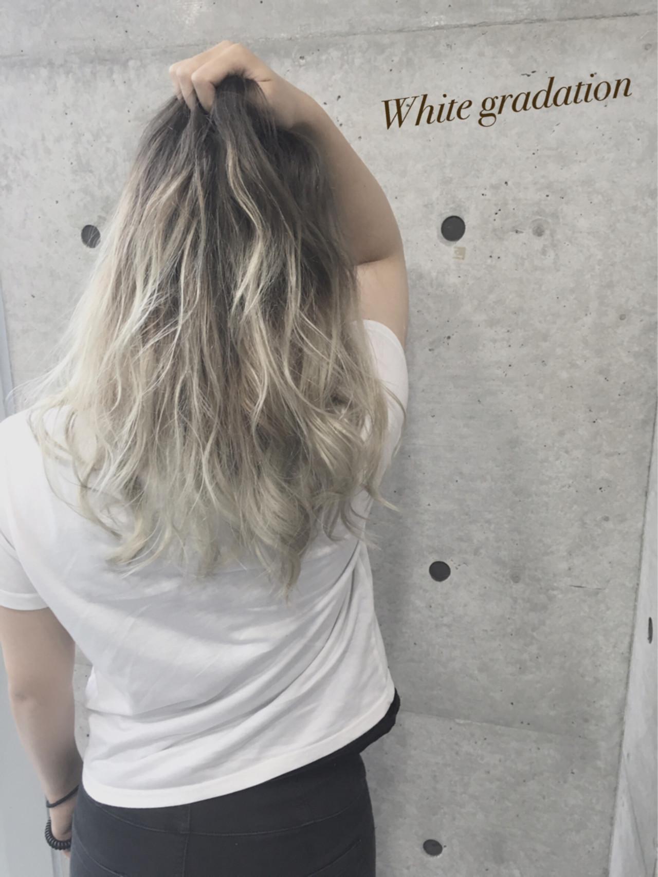 渋谷系 ホワイト グラデーションカラー 外国人風 ヘアスタイルや髪型の写真・画像