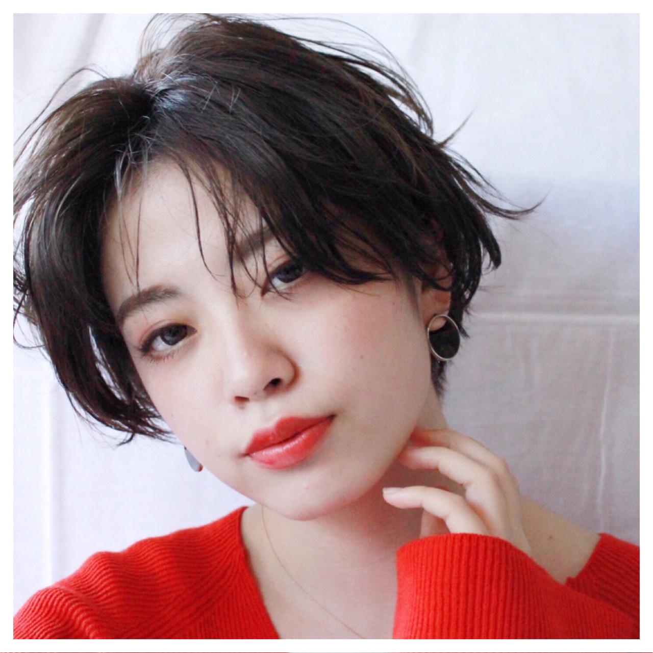 伸ばしかけ前髪はセンター分けで大人可愛く♡ショート×センター分け美人カタログ 廣瀬祐太