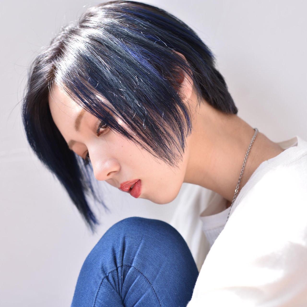 黒髪メッシュで周りと差をつける!マネしたくなるトレンドスタイル♡ よしかげ
