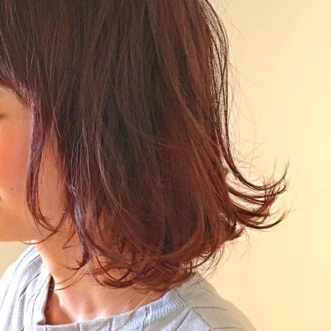 ボブ ナチュラル ミディアム レッド ヘアスタイルや髪型の写真・画像