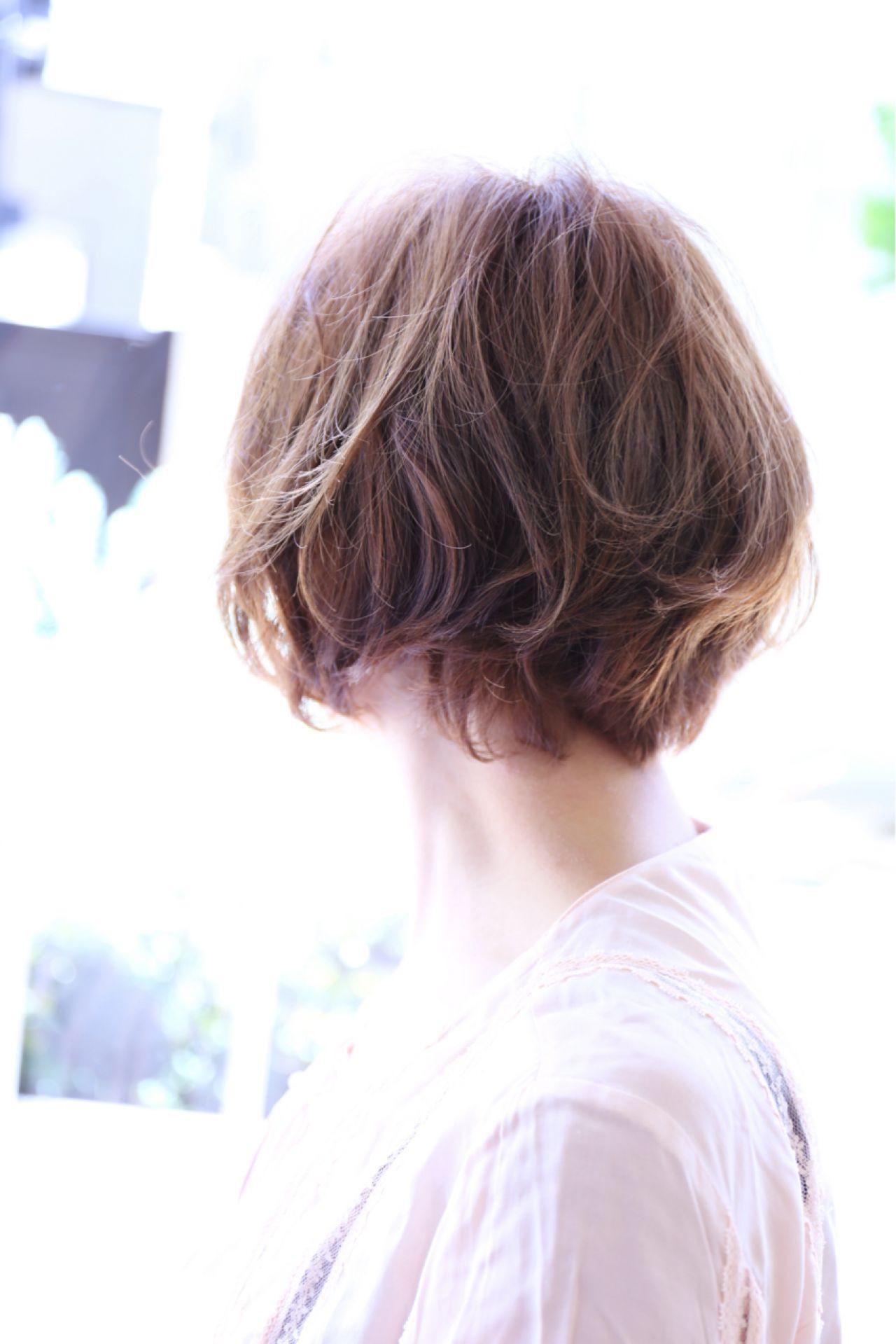 ショート 美シルエット ナチュラル ゆるふわ ヘアスタイルや髪型の写真・画像