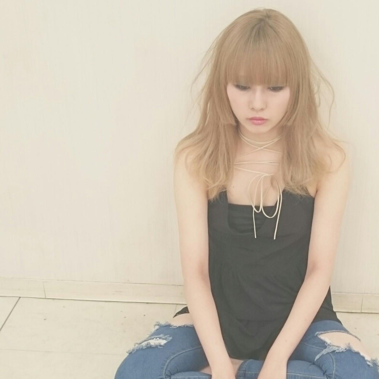 ロング ゆるふわ ハイトーン 姫カット ヘアスタイルや髪型の写真・画像