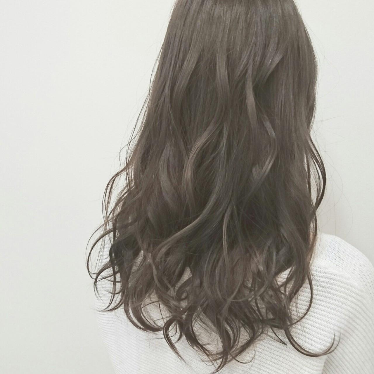 人気が止まらない ヘアカラーは アッシュグレージュ で決まり Hair