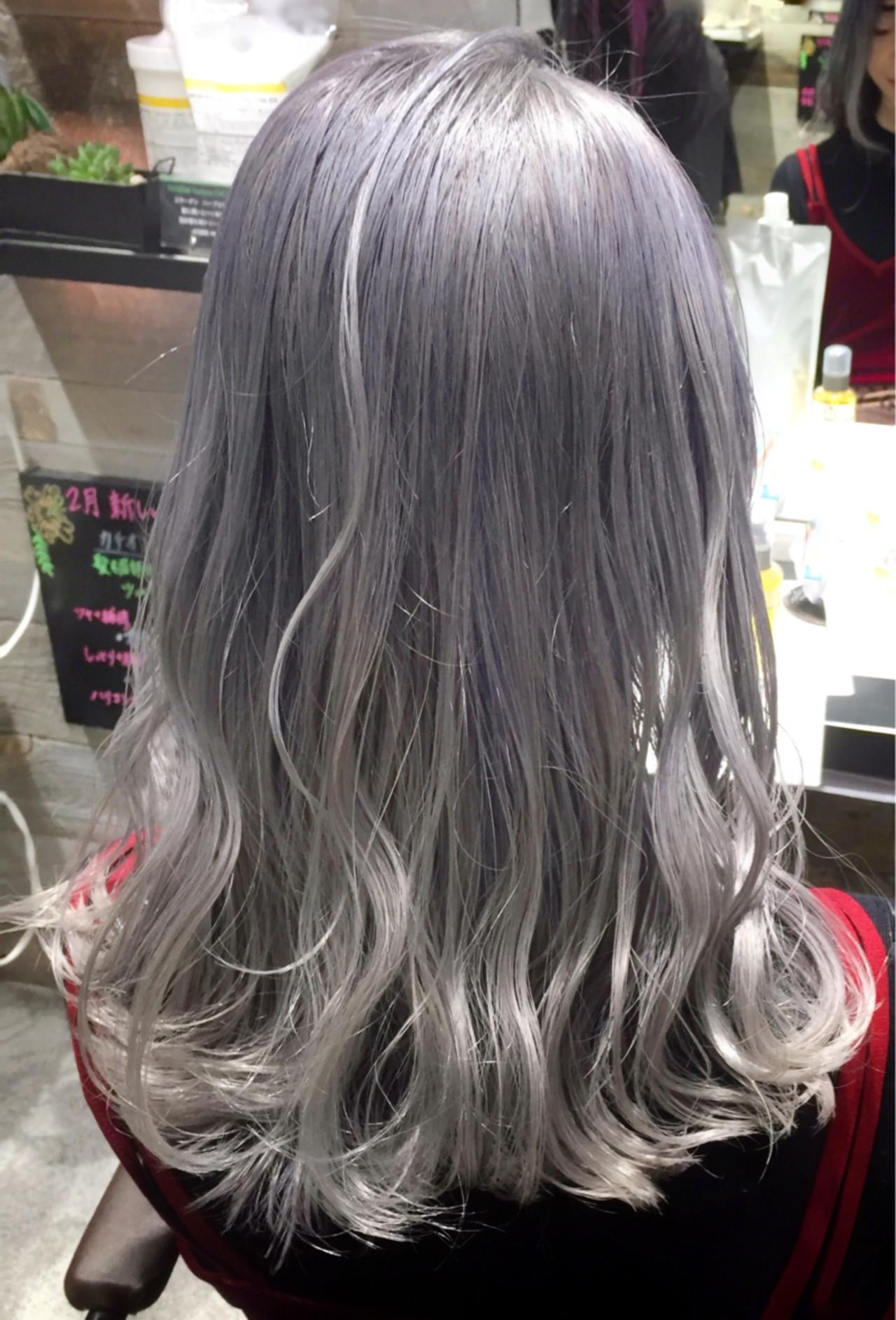 ホワイトアッシュ ホワイト ガーリー グレージュ ヘアスタイルや髪型の写真・画像