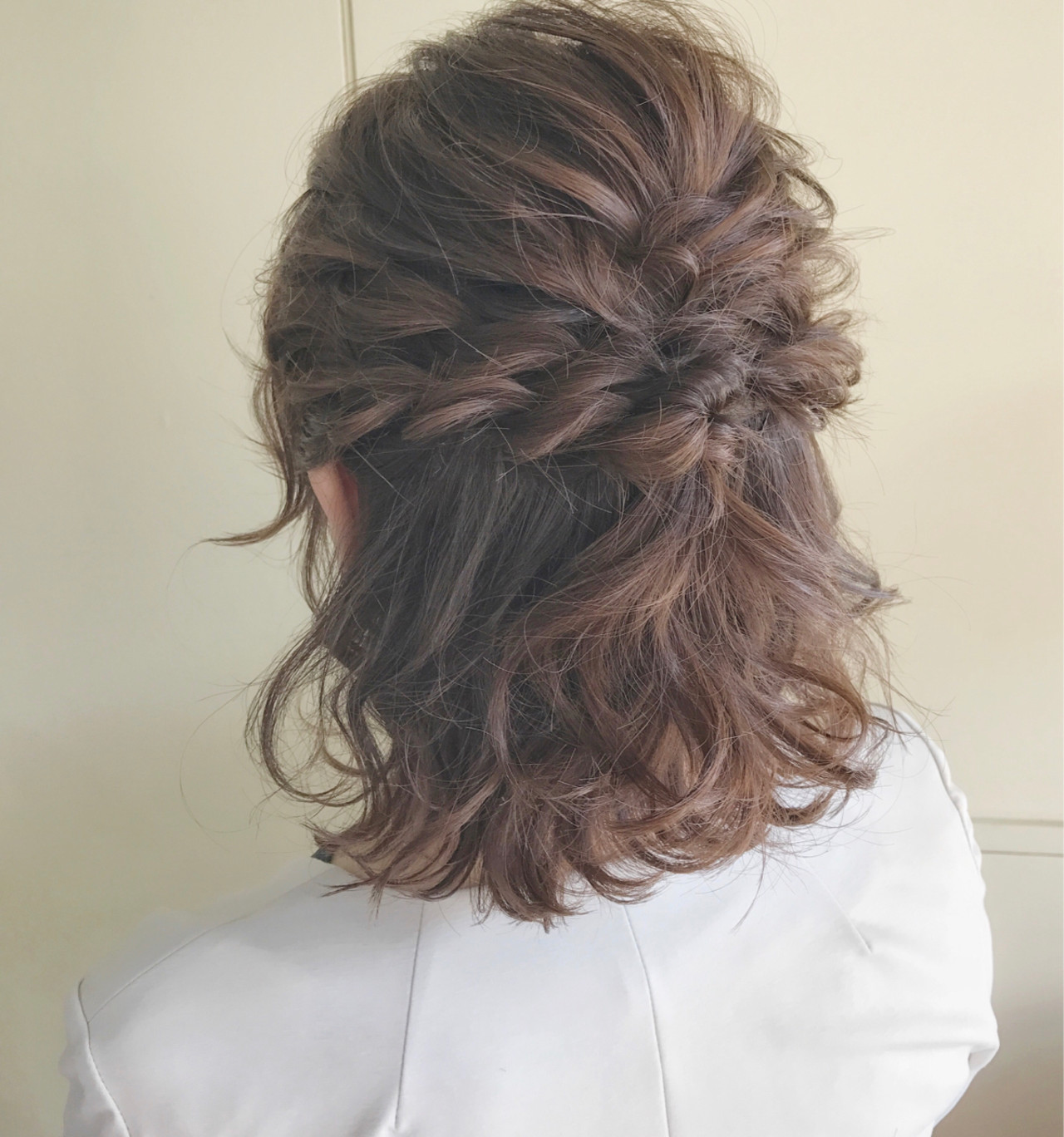 編み込み ボブ ヘアアレンジ フェミニン ヘアスタイルや髪型の写真・画像