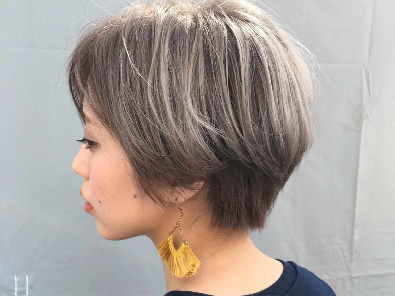モード ホワイトアッシュ ハイトーン グレージュ ヘアスタイルや髪型の写真・画像