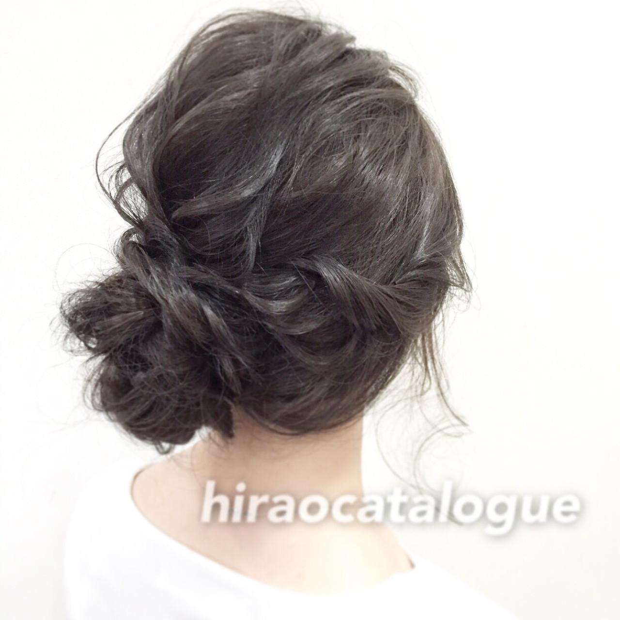アッシュ ロング 大人かわいい シニヨン ヘアスタイルや髪型の写真・画像