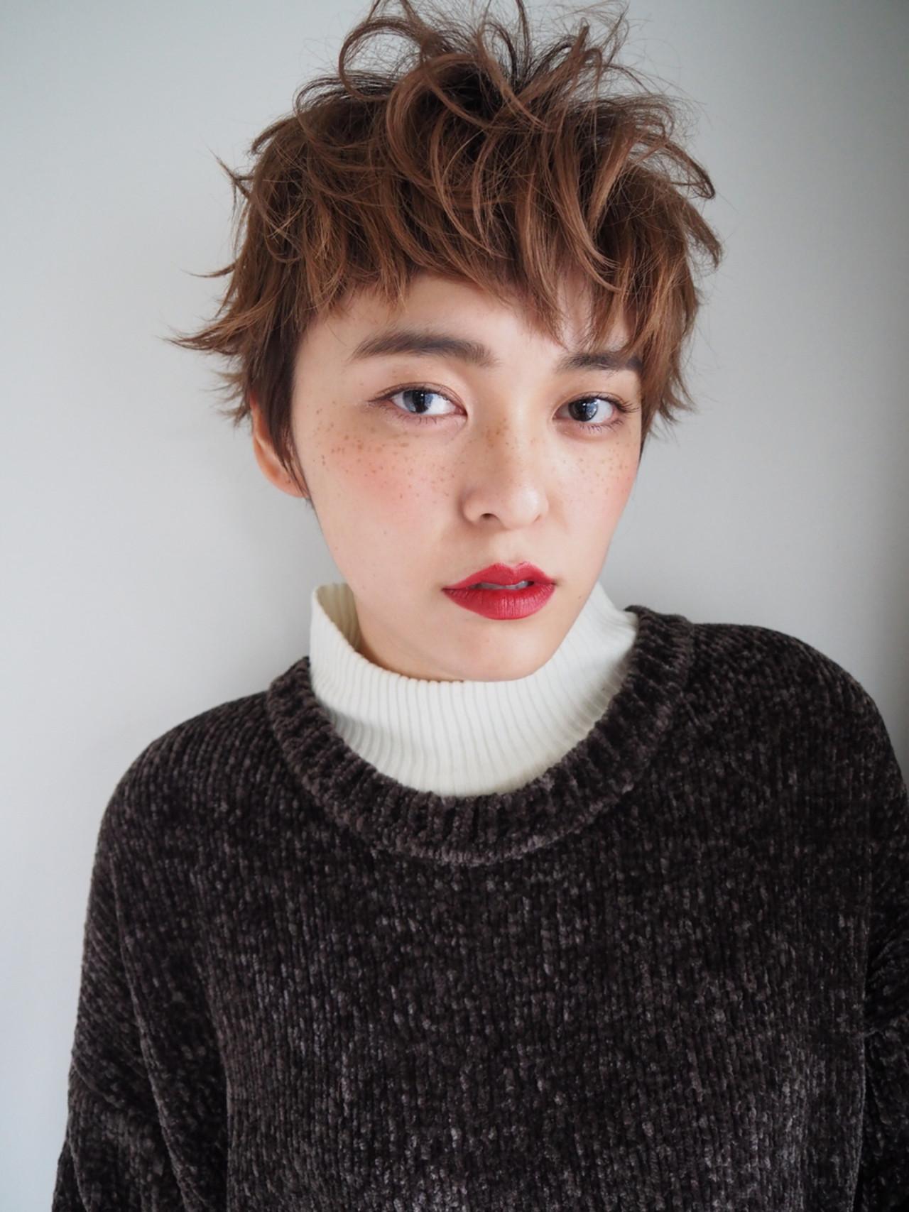 【最新】ふんわり癒し系!くせ毛風ショートヘアが可愛い? Keiichi Suzuki