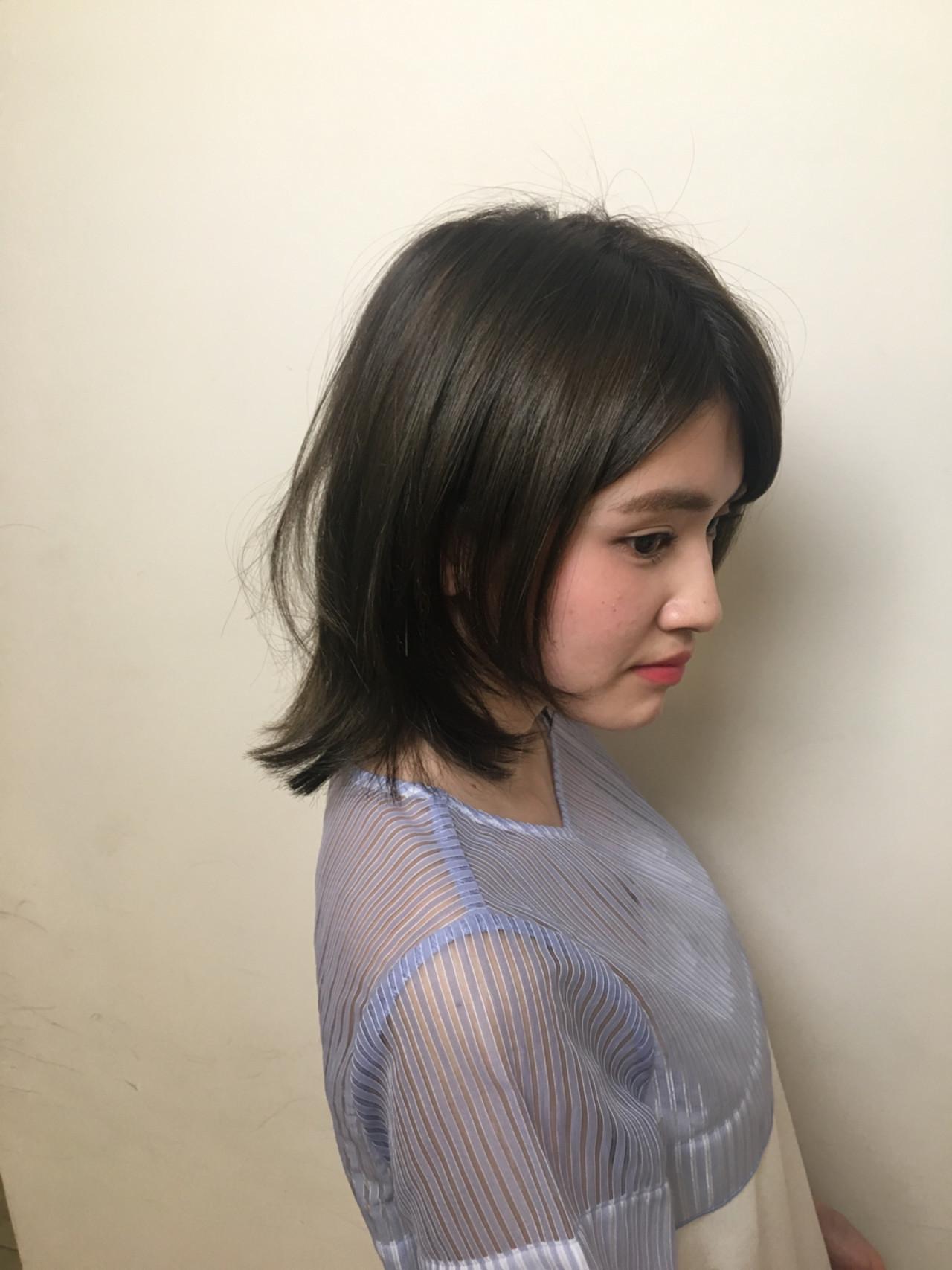 小顔 ショート 大人かわいい ナチュラル ヘアスタイルや髪型の写真・画像